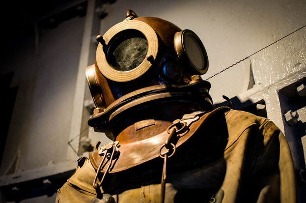 Hard hat diving suit